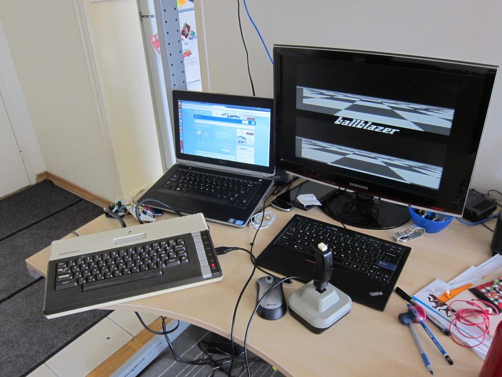 ballblazer running on Atari from SD Card